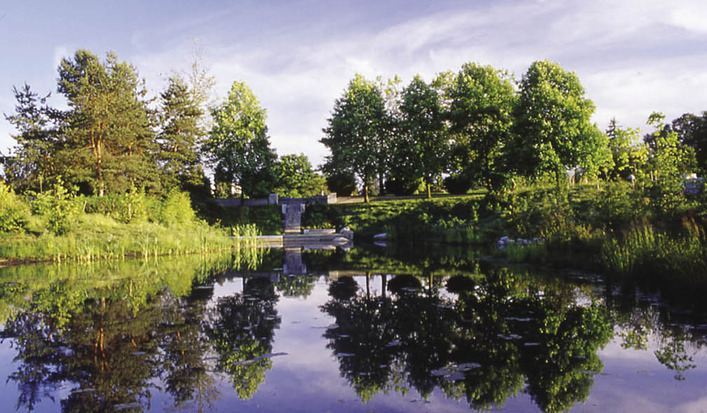 Hastingspark_pond_in_t_opt
