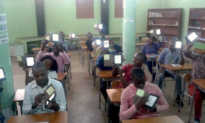 dri-e-reader-project-visits-de-carvalho-theological-institute-1