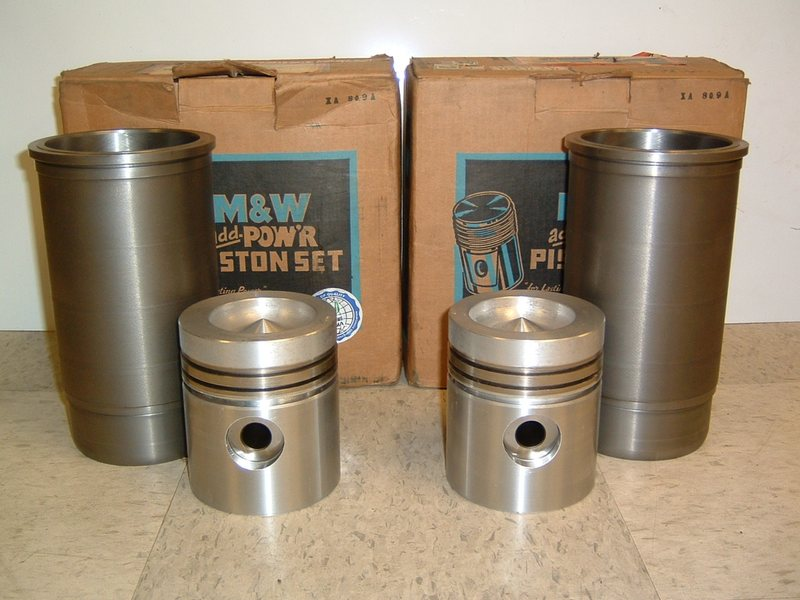 M&W Piston and Sleeve Set - Late John Deere 4000, 4020 (after S/N 201,000)