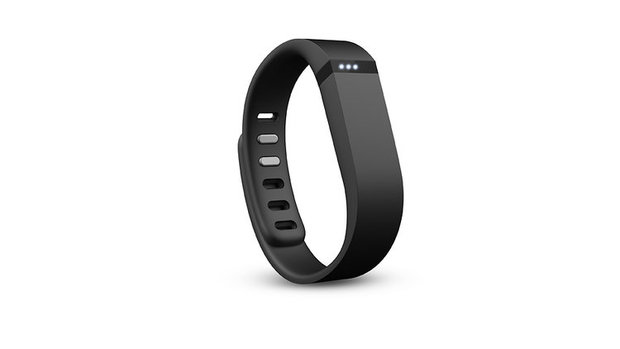 1671589-slide-fitbit-flex-black-3lights-72dpi