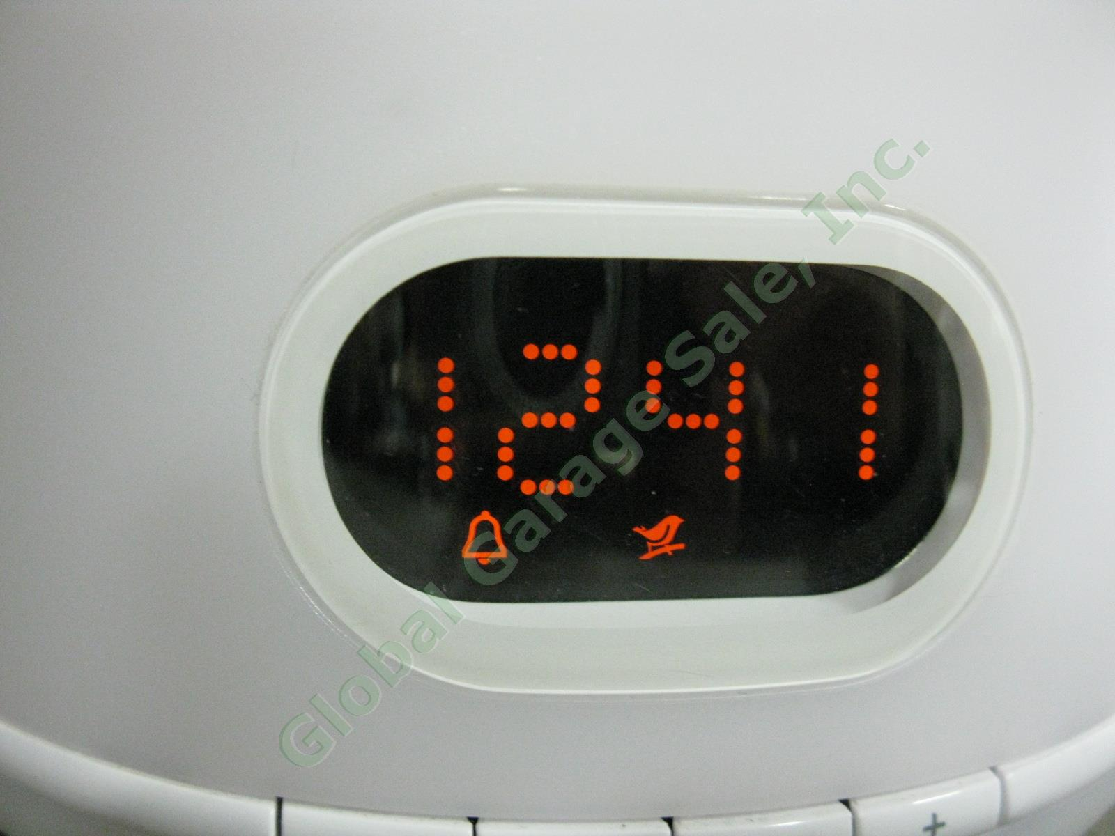 White Philips Wake Up Light Sunrise Alarm Clock Fm Radio