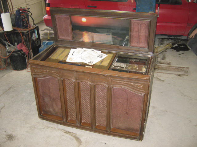 Antiques Sold By Global Garage Sale