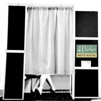 4 Flashes Photo Booths - Photo Booth Company in Chicago, Illinois