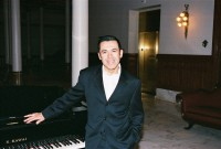 Aaron Flores - Pianist in Round Rock, Texas