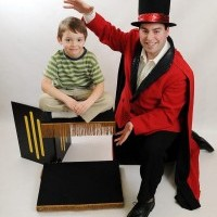 Abracadabra with Melvin the Magnificent - Strolling/Close-up Magician in Pittsfield, Massachusetts