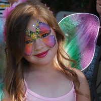 Arty Brush Strokes - Face Painter in Long Beach, California