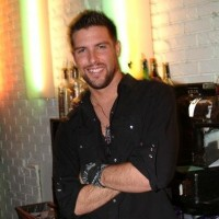 Bartender Extraordinaire - Bartender / Male Model in Orlando, Florida