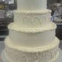 Becky's Cake and Floral - Cake Decorator / Wedding Florist in Hebron, Indiana