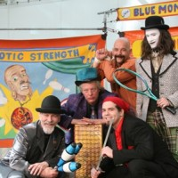 Blue Monkey SIdeshow - Juggler in Muncie, Indiana