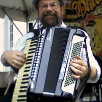 Bruce Yanoshek - Accordion Player / World Music in Cincinnati, Ohio