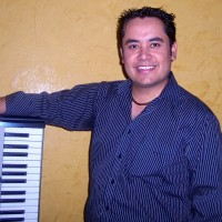 Carlos Duran - Pianist in North Miami Beach, Florida