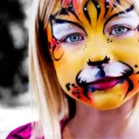 Cheek to Chico Face Painting - Face Painter in Yuba City, California