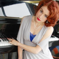 Christina Aguinaga - Singing Pianist in Santa Barbara, California
