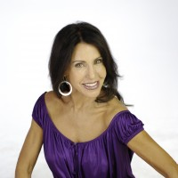 Cindy Burns - Comedian in Rialto, California