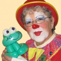 Daffy Dill Clown Service - Clown / Children's Party Magician in Burlington, Ontario
