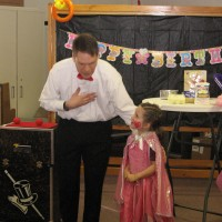 Dave's Magic - Children's Party Magician in Lynchburg, Virginia