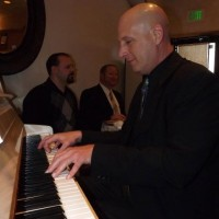 Davie G - Pianist in West Bend, Wisconsin