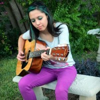Delicia Saiza - Singing Guitarist in San Antonio, Texas