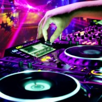 Diamonds 4 Ever DJ Entertainment Group - DJs in Kawartha Lakes, Ontario