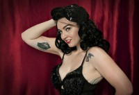 Dizzy Von Damn! - Burlesque Entertainment in Glendale, California