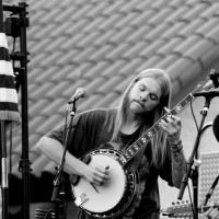 Eathan Hakker - Folk Singer in Tulare, California