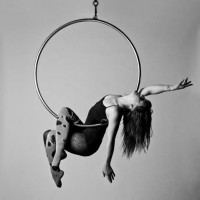 Emily Pennington - Aerialist in Los Angeles, California