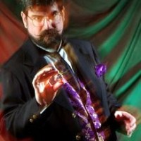 Eric Henning - Magician & Speaker - Cabaret Entertainment in Manassas, Virginia