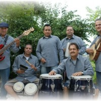 Escencia - Latin Band in Cleveland, Ohio