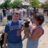 Friendly Farms Ltd. - Petting Zoos for Parties in Rockford, Illinois