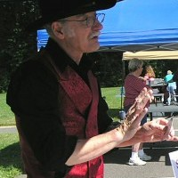 Gary Bessette - Strolling/Close-up Magician in New London, Connecticut