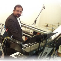 Gerardo Rocha - Keyboard Player in Paradise, Nevada