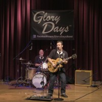 Glory Days - Surfer Band in ,