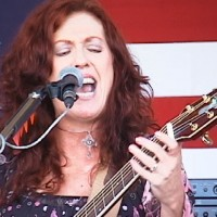 Gwendoloyn Daniels Music - Singing Guitarist in Riverside, California