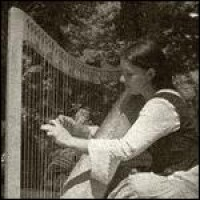 Halley the Harper - Harpist in Portland, Oregon