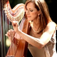 Harp Elegance by Eva - Medieval Entertainment in ,