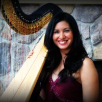 Boston Harpist Lizary Rodriguez - Harpist in Boston, Massachusetts