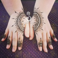 Hiral Henna - Michigan - Henna Tattoo Artist in Lansing, Michigan