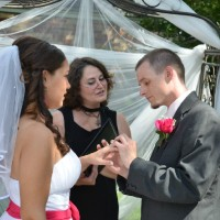 IL Wedding Officiant, Location Wedding Minister - Wedding Officiant in Racine, Wisconsin