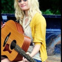Jessica Sevier - Singing Guitarist in Bloomington, Indiana