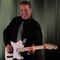 Joe Calabrese Solo Guitar - Singing Guitarist in New Smyrna Beach, Florida