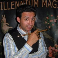 Justin Illusion - Trade Show Magician in San Diego, California