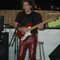 Kenny Styles - Singing Guitarist in Riverside, California