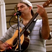 Kenny Holcomb - Folk Singer in Greenville, South Carolina