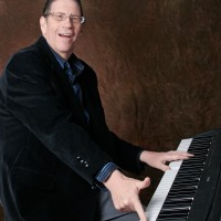 Larry Lee Lewis - Singing Pianist in New London, Connecticut