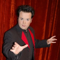 Las Vegas Comedy Hypnotist Steve Sterling - Mind Reader in Paradise, Nevada