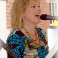 Linda Sparrow - Jazz Pianist in New Albany, Indiana