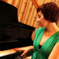 Lisa (Ms. Keyz) - Classical Pianist in Flint, Michigan