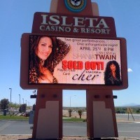 Lisa Cash, Shania, Marilyn - Country Singer in Paradise, Nevada