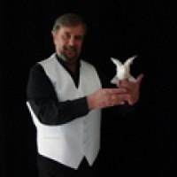 Magic by Grebo - Children's Party Magician in Charlottesville, Virginia