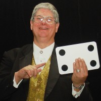 Magic Of Ray Lucas - Strolling/Close-up Magician in Kent, Ohio